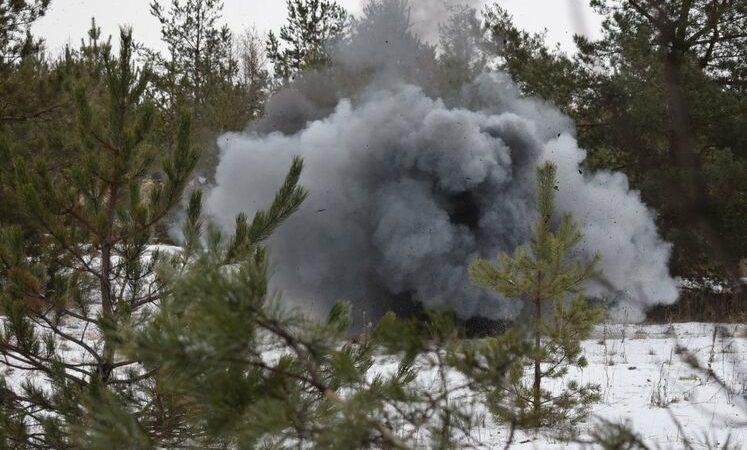 Российские войска обстреляли Шумы, погибло четверо украинских военных, бой продолжается – журналисты